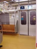 東京メトロ10000系(内装)